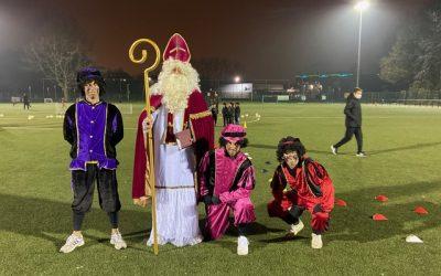 De Sint op bezoek bij K. Berchem Sport!